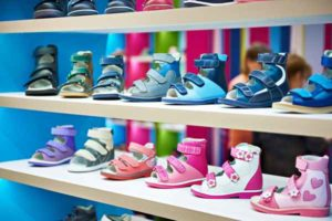 Jak {wybrać|dobrać} {najlepszą|najodpowiedniejszą} szafkę na buty?